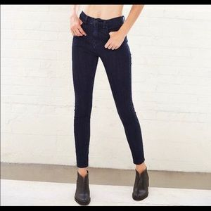 BDG Skinny Mid Rise Twig Ankle Jeans